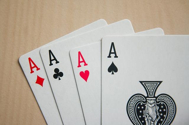 card-game-167051_640